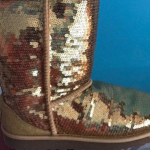 UGG Shoes - GOLD sequin Uggs